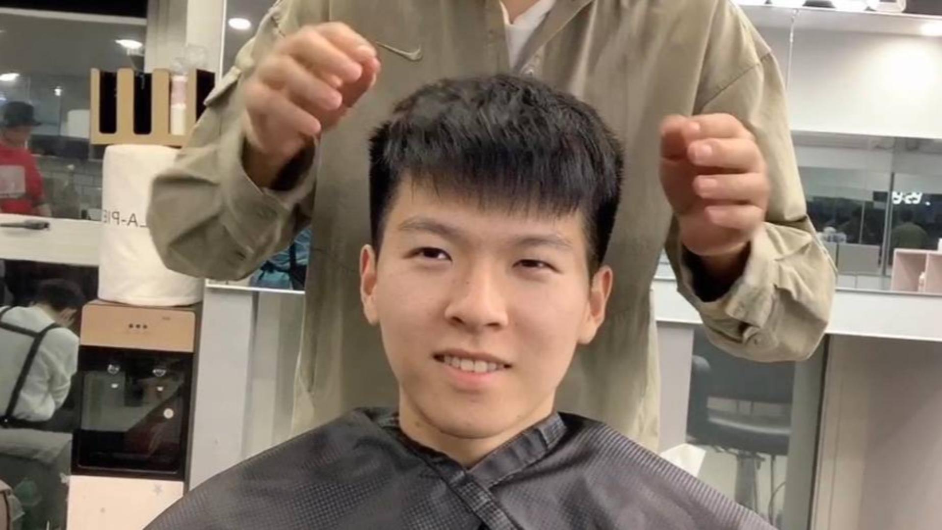 剪完头发像锅盖,难打理?这款钢夹烫,自然又有型,帅气不做作!