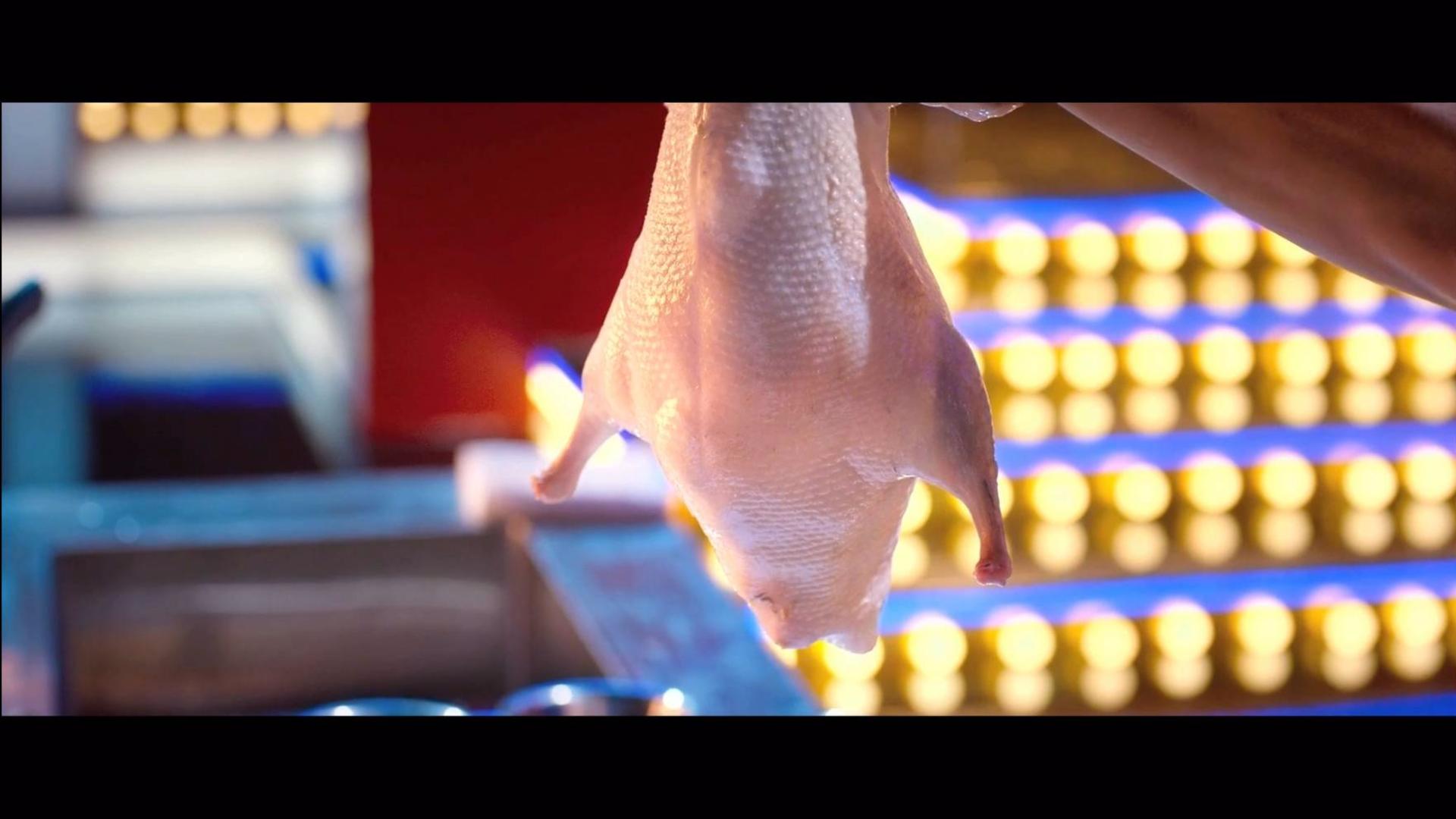 洪金宝谢霆锋做鸭 美女做的鸭刺身更可怕 电影里的做鸭片段盘点