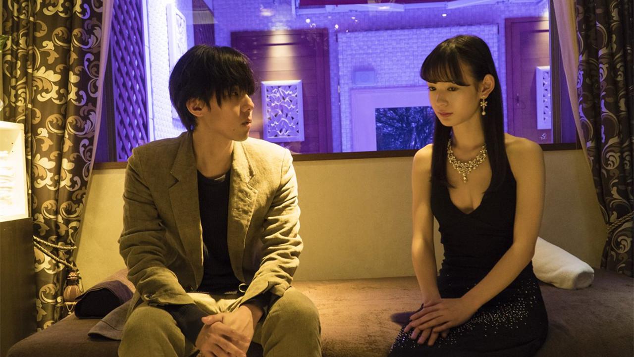 日本小伙与五位美女合租,全部喜欢上了他,这该如何回应!