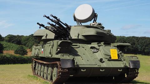 【讲堂476期】雷达配机炮,苏联ZSU-23-4自行火炮对付步兵简直是恶魔般的存在