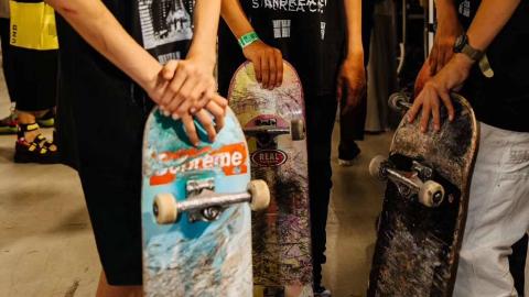 滑板少年登陆巴黎时装周