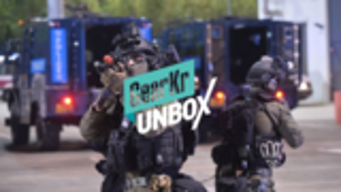UNBOX / 港警都在用的战术手电——Klarus凯瑞兹XT21X手电开箱