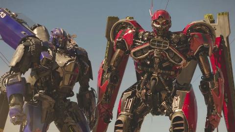 高分科幻大片《大黄蜂》,变形金刚像二哈一样萌,耐克贵公子导演作品!