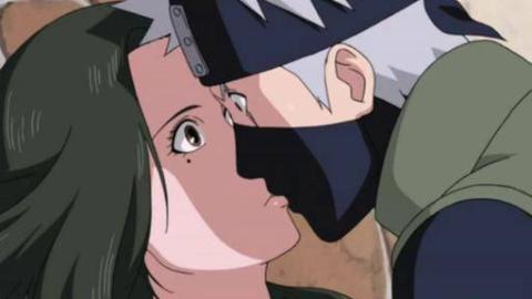 火影忍者 是她 就是她夺走了卡卡西的初吻