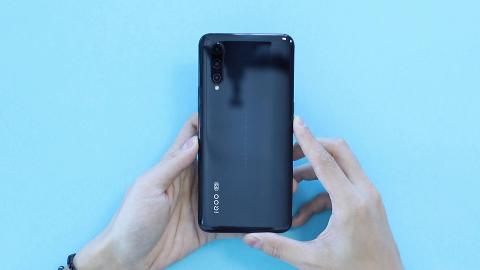 5G版iQOO Pro开箱体验:这是你能买到的最实惠5G旗舰机
