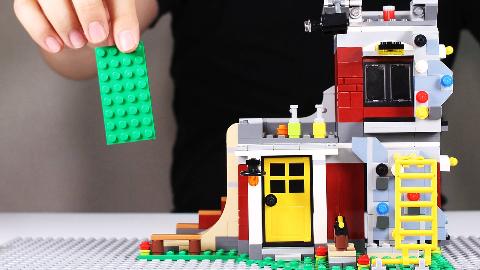 800张乐高积木照片定格动画,拼装玩具家庭滑板场