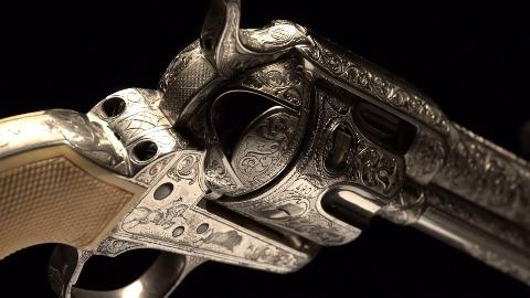 "[RIA]柯尔特""和事佬""艺术品级左轮手枪"
