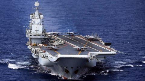海军节看点:从生锈废船到镇国利器,辽宁舰是如何让世界惊讶的