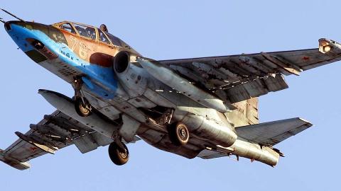 此国空军只有一架攻击机,是全村儿的希望,却扬言横扫欧洲北美