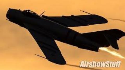 美国印第安纳州戈申2019航空展中米格17战斗机表演