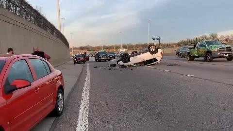 外国版大方小方:恐怖的交通事故,助你提高安全意识