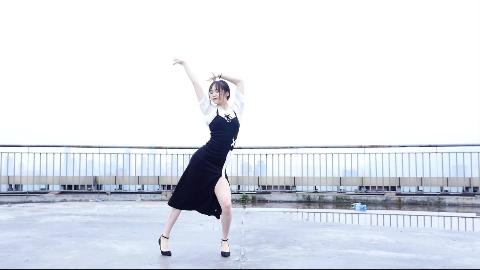 【QUQU】Senorita  天台高跟鞋黑长裙~