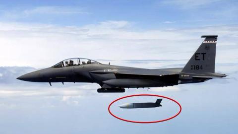 警惕!美军发现中国航母最大软肋:96枚反舰导弹即可摧毁辽宁舰
