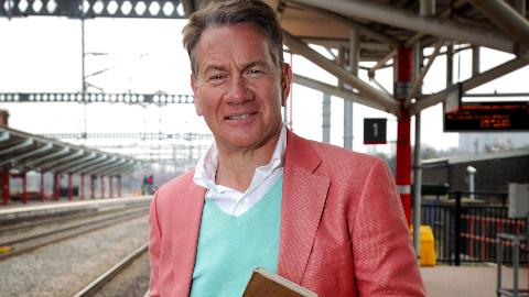 纪录片.BBC.坐着火车游英国/英国铁路纪行.S10E12.2019[高清][英字]