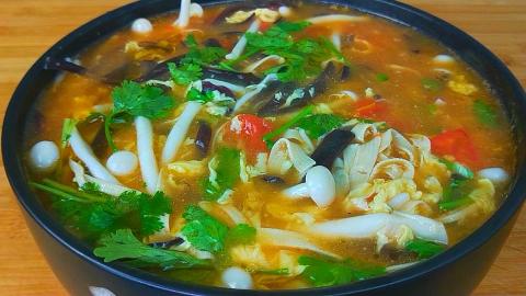 夏天要多喝这碗汤,8元能做一大锅,开胃又营养,全家人都爱喝