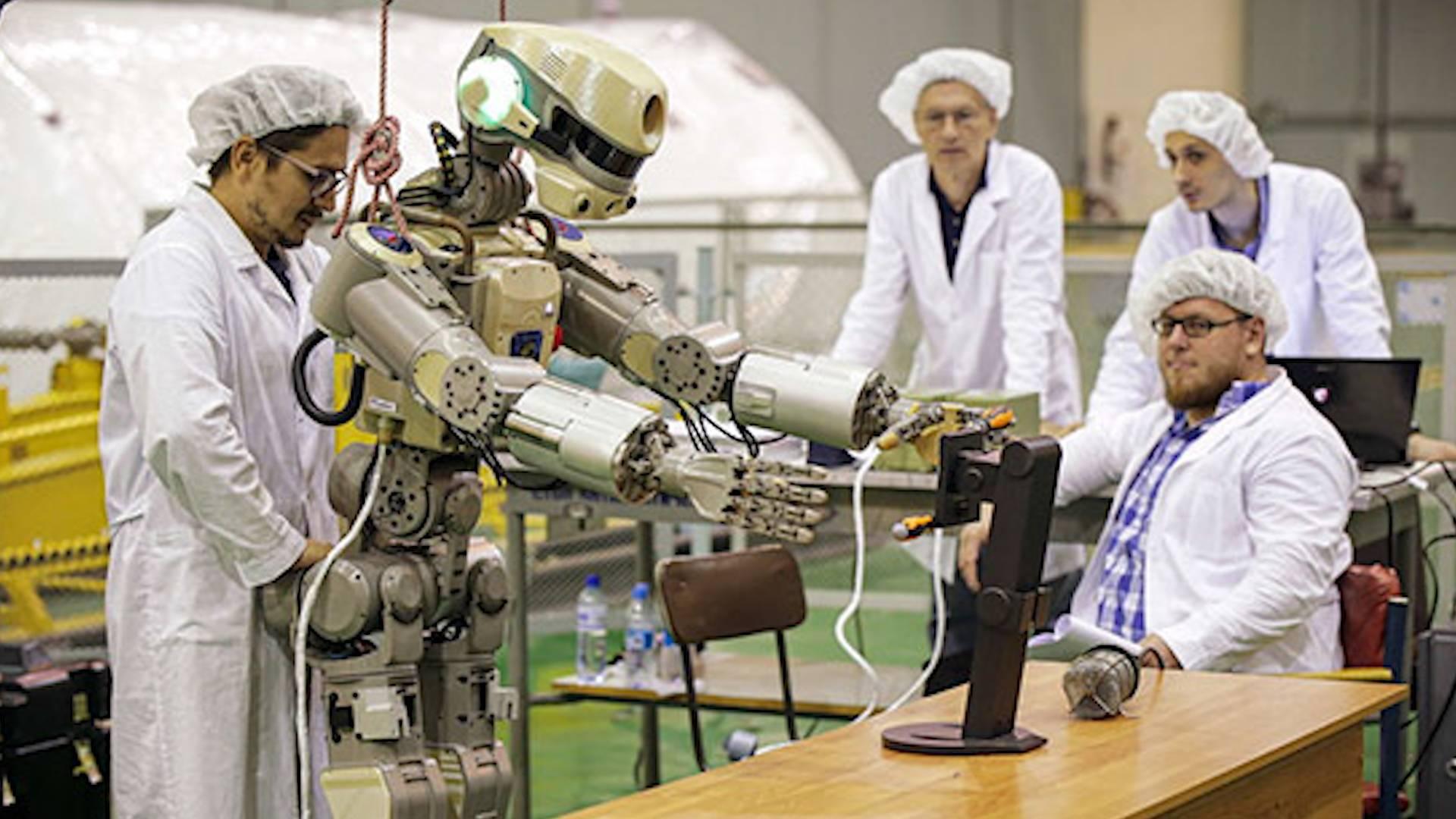 """""""终结者""""真的实用吗?俄罗斯计划2025年前组建机器人战队"""