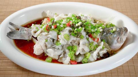 鲁菜系列之葱椒鱼,五星总厨亲手教学,讲解详细值得收藏