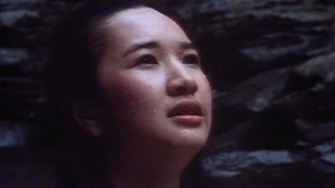 【奥雷】少女坟场遭侵犯 化身厉鬼把仇报!香港经典恐怖片《猛鬼山坟》