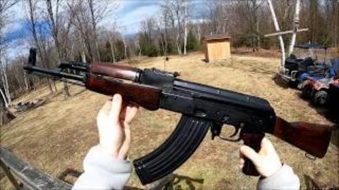 第一人称看射击匈牙利FEG85M(AK47)