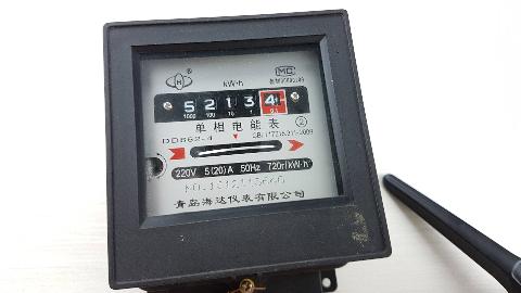 硬核拆解:传统机械电表里有什么?
