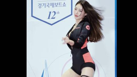 韩国美女热舞现场火辣身材尽显无疑