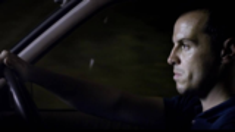 黑镜第五季起死回生的一集!社交上瘾引发的悲剧,开车千万不要看手机!