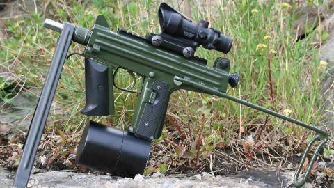【讲堂424期】另辟蹊径,发射6.5×25 CBJ勺形弹尖弹的瑞典CBJ-MSPDW/冲锋枪