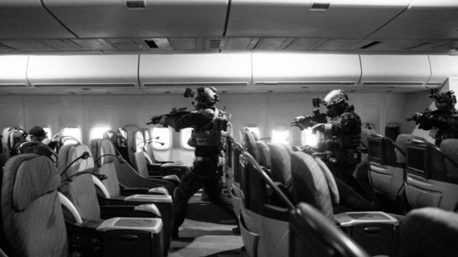 反劫机训练影片_RazorSquad锋