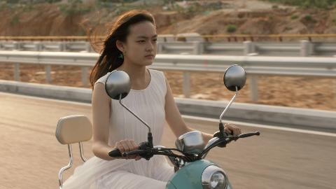 年度最佳华语电影《嘉年华》,堪比《熔炉》,太真实了!