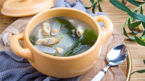 小羽私厨之冬瓜蛏子海带汤