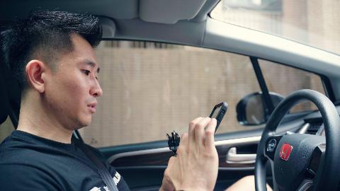 30岁之际,他辞掉工作,独自开车从北京到深圳,无目的生活