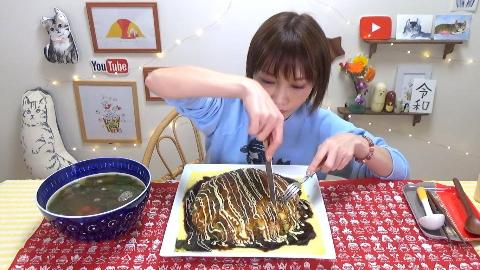 【木下大胃王】100个巨蛋章鱼烧【6000kcal】@柚子木字幕组