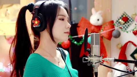 侧颜女神韩国歌姬J.Fla放出录歌时的幕后花絮 一起来看看吧!