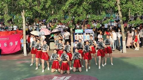 山西师范大学 2019年数计学院啦啦操
