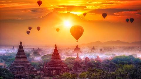 世界上拥有最多寺庙的城市,曾超过1万座,现为东方热气球胜地