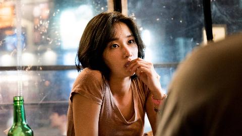 看完不敢跟有钱人回家了!韩国备受争议的犯罪电影《燃烧》