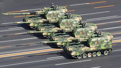 缺一不可!都是一个履带底盘顶个炮塔,自行火炮和坦克有啥区别?