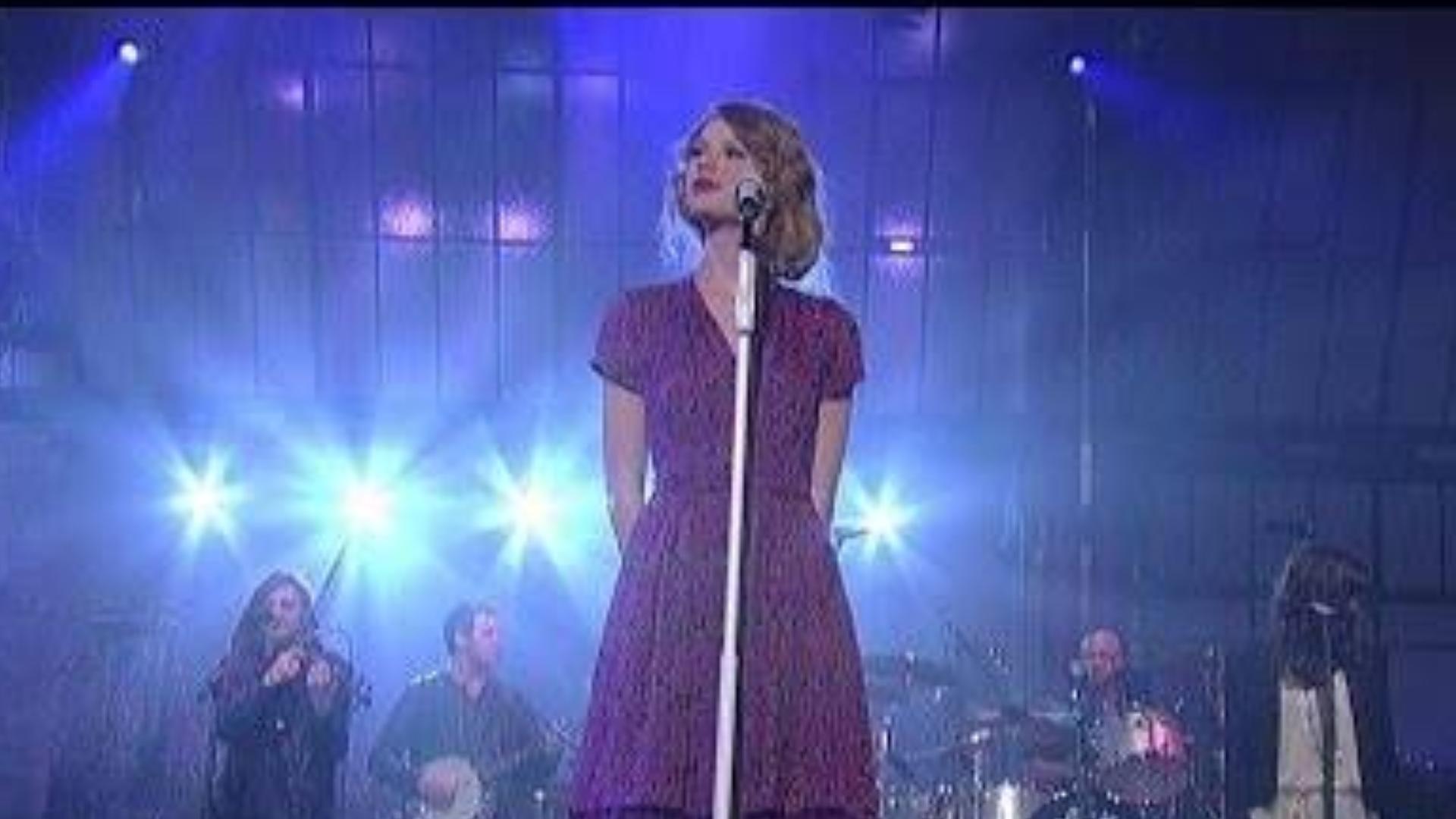 重温经典Taylor Swift 重新演绎大热单曲《Love Story》