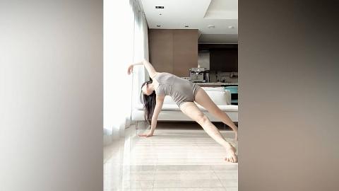 拍摄记录表妹练瑜伽1