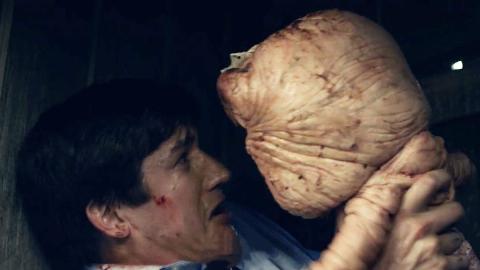 【好看】男子遗传家族怪病,压力一大就有怪物从肛门跑出来,替他解决难题