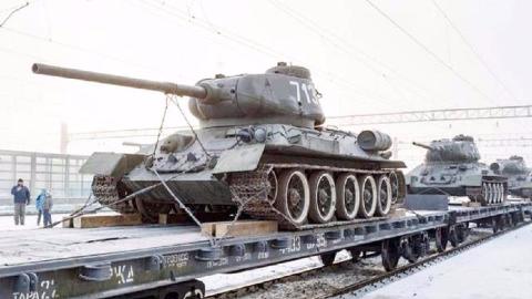 """开着""""古董""""去打仗,苏联二战造的坦克,如今还奋战在中东"""