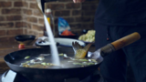 传统葱油鲤鱼的做法,虽然简单,却有很多人不会做