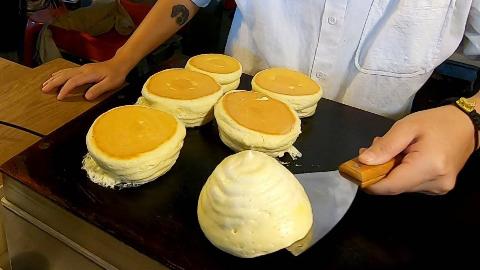 【台湾街头美食】 - 舒芙蕾厚松饼-巴西甘蔗汁-脆皮烤猪