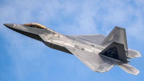 中国机场也出现F22战机等比例模型?专家:或发挥巨大作用
