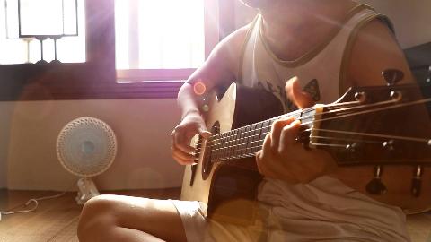 【指弹吉他】晴天,回忆一下青春。