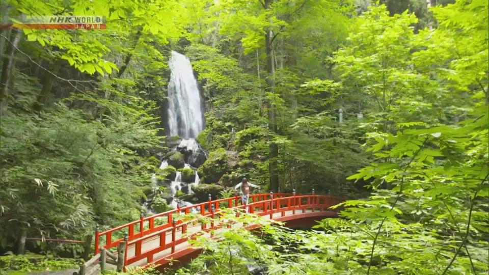 纪录片.NHK.日本之旅.八幡平:永恒的风景和治愈之水.2019[中英双字]