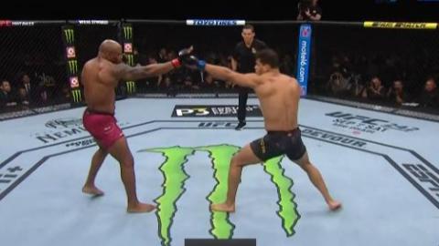 UFC241 保罗科斯塔VS尤尔罗梅罗