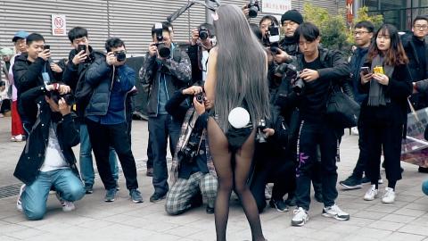上海CP23漫展,看到那些COSER小姐姐的衣服就感觉冷
