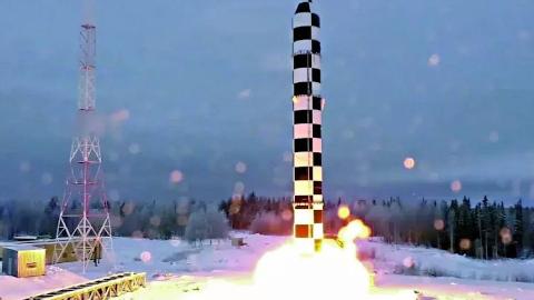 普京最新杀手锏!10吨弹头、1.8万公里射程,目标相当明显