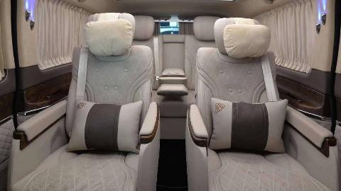 【环球商务房车】基于迈巴赫S680定制的奔驰V级VS680,具有迈巴赫元素的奔驰七座商务车